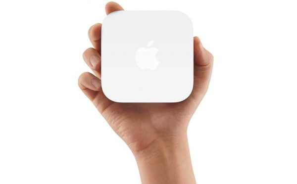 Apple AirPort Express Base Station (MC414LL/A)